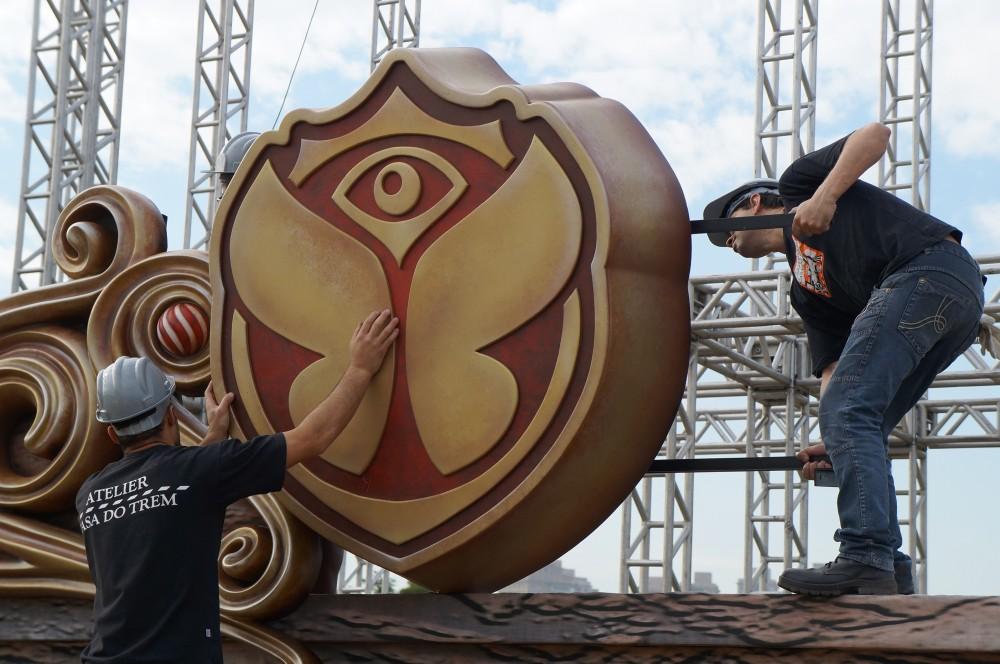 111- Decoração de palco para evento de lançamento Tomorrowland Brasil - IDT - 2014