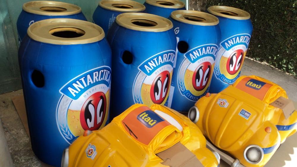 6- Fantasias Antarctica e Itaíº para ação no carnaval Rio 2011- Dream Factory