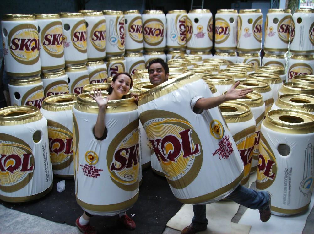 Homem Lata Skol - 2010 (1)